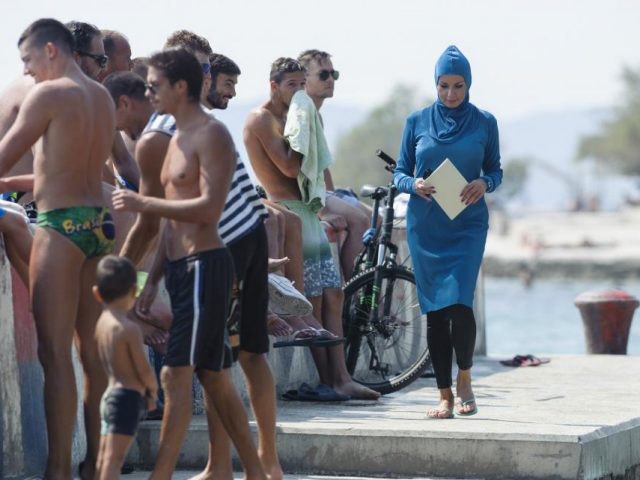 Burqini in Croatia Photo-Tom Dubravec- Hanza Media
