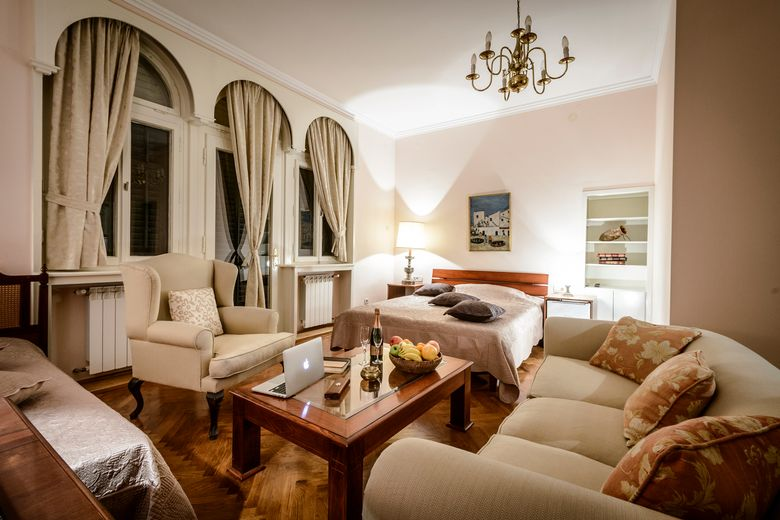 Embrace Old Dubrovnik in Villa Mediteran | Croatia Times