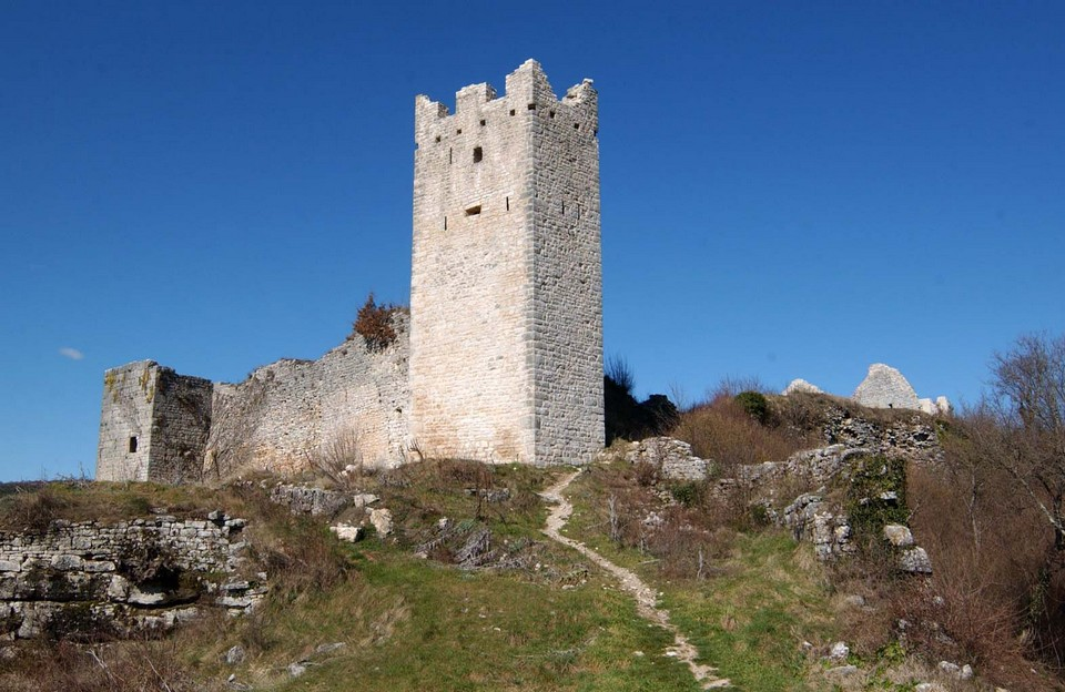 Istria, ghost town, Dvigrad, Croatia, ramparts