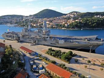 "Italian Aircraft Carrier ""Cavour"" Visiting Croatia"