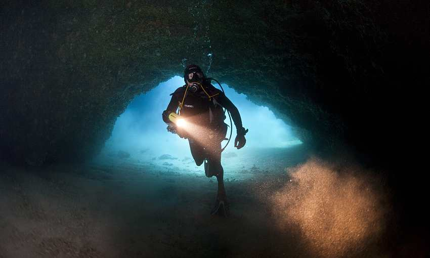 Visiting the Underwater Cathedral (13)