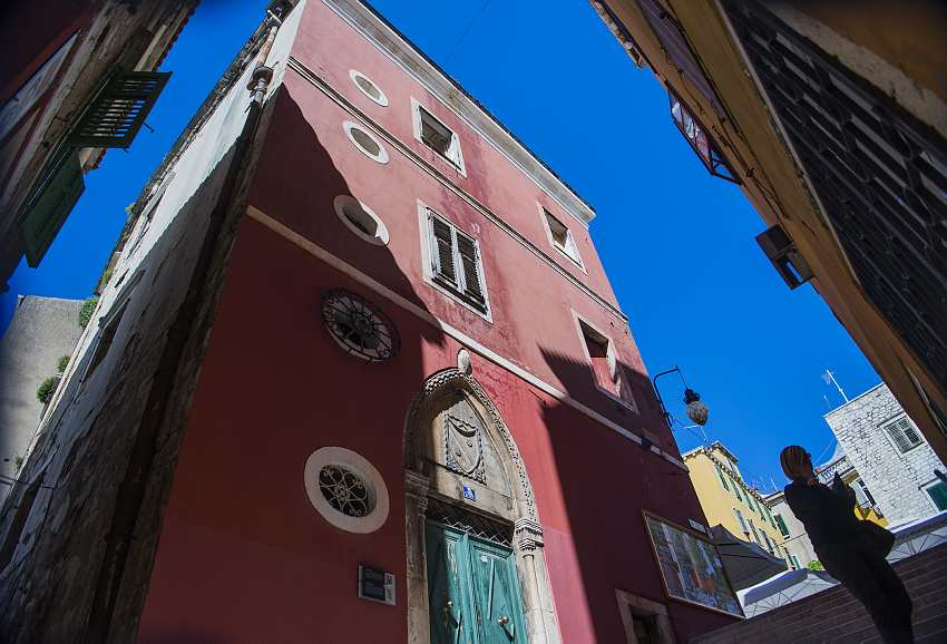 Pink Colors of Divnic Palace