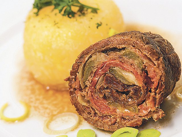 Beef Rolls with Bacon