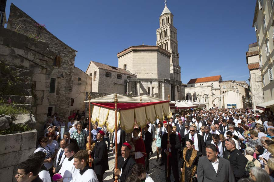 Celebrating St. Domnius in Split