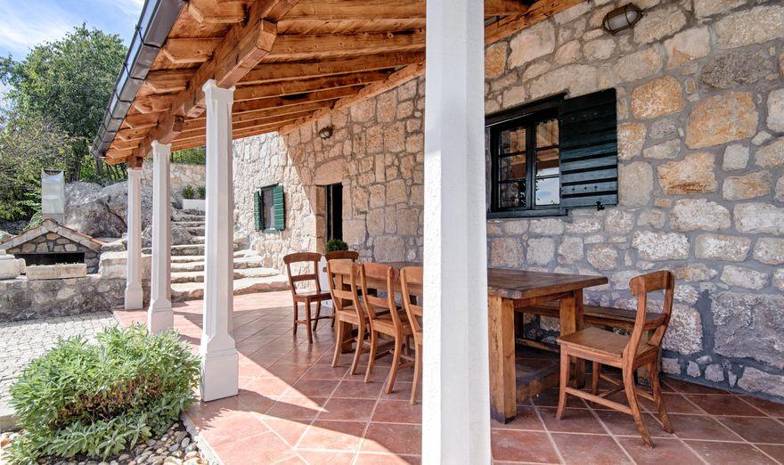 Vrgorac Stone House (11)