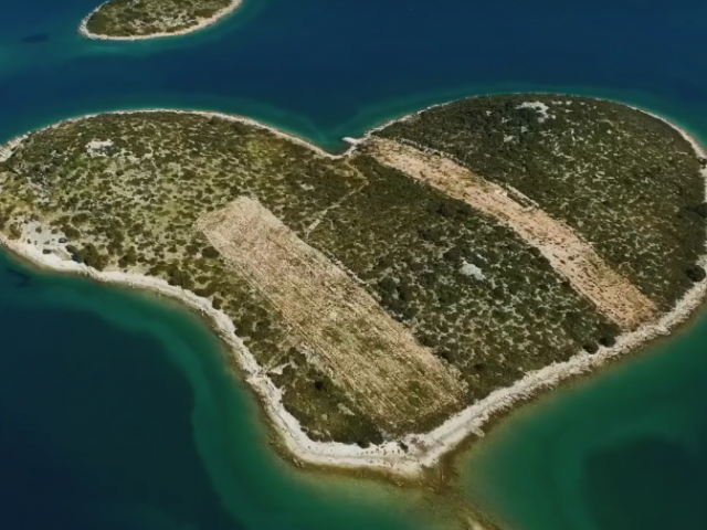 Ascending Over Croatia with Wayfarers