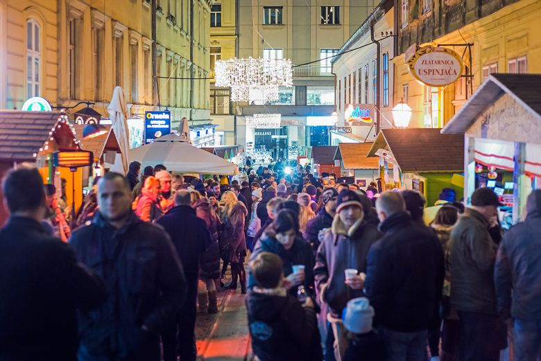 zagreb-christmas-fair-hanza-media-jpg3