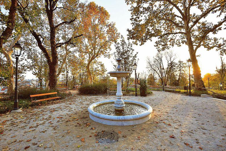 Fountain, Skeletons of Zagreb