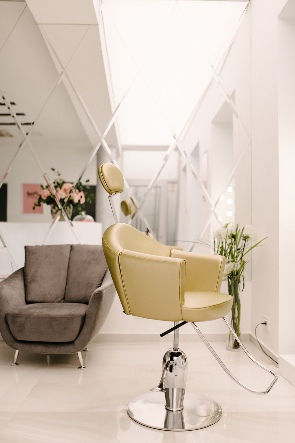 No. 26 Beauty Lounge